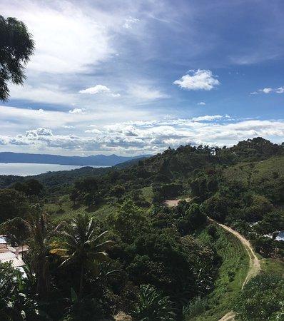 Cojutepeque, El Salvador: Muy bonito lugar, buena comida,con una vista impresionante al lago de Ilopango, excelente atenci