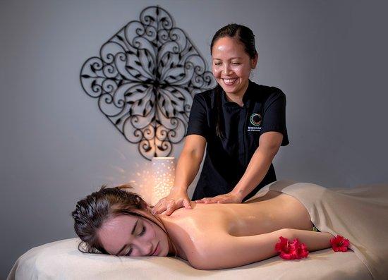 Taupo DeBretts Spa Resort: Massage at Debretts