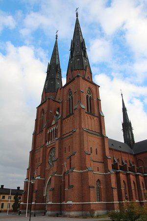 Ουψάλα, Σουηδία: The main entrance of the cathedral