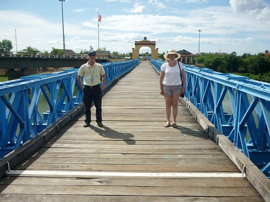 The bridge at dong ha book report