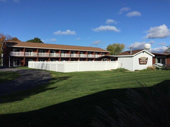 Nader's Motel & Suites Image