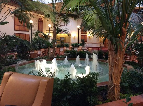 Chicago Marriott Northwest Hotel Lobby