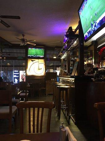 Red River Pub: photo0.jpg