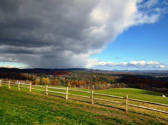 Shelburne Falls, MA: Weather in the distance