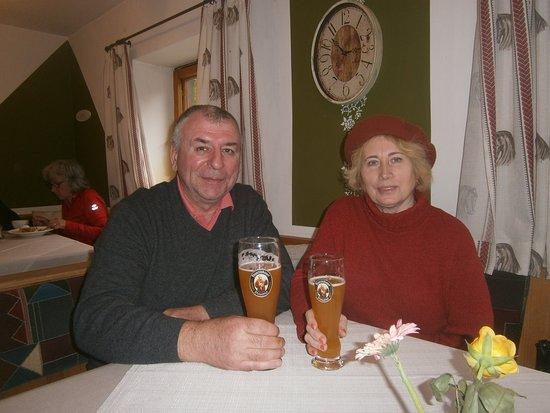 Unterpinswang, Österreich: В ресторане