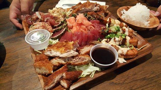 Cone sushi picture of umekes fishmarket bar grill for Kona fish market