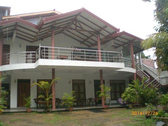 Rekawa Village Inn