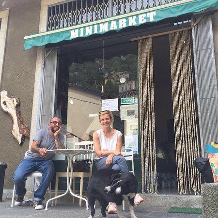 Moltrasio, Italie : Paolo e Mochi