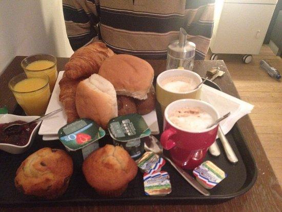 B & B de 9 Straatjes: Bella stanza, ottima colazione!
