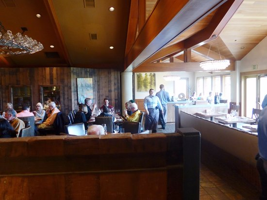 Brix: dining area