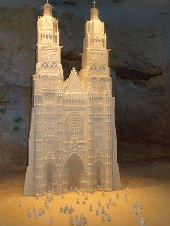 Pierre et Lumiere: Pour moi le bijou de l'exposition, la Cathédrale de Tours