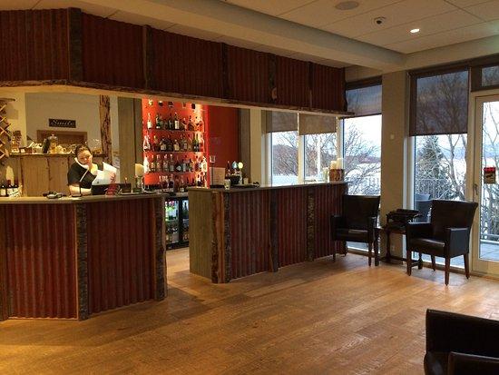 Guesthouse Egilsstadir: Hotel et vue