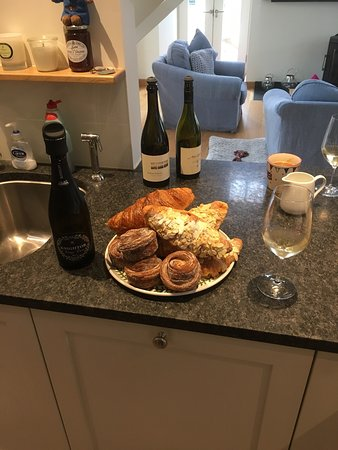 Ruan High Lanes, UK: Delicious Da Bara croissants and cinnamons with Knightor 2011 Vintage fizz. A real Cornish feast