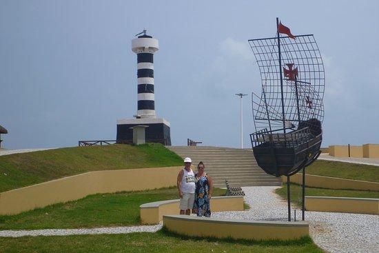 As Casinhas da Ada: le phare et la placette pontal do coruripe