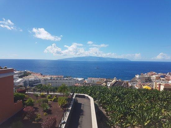 Holiday Village Tenerife: November 2016