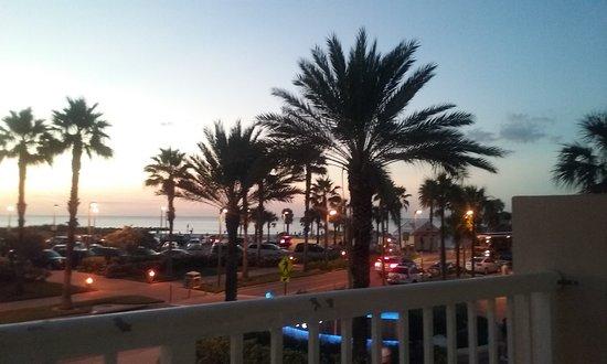 Magnuson Hotel Clearwater Beach: 20161101_190538_large.jpg