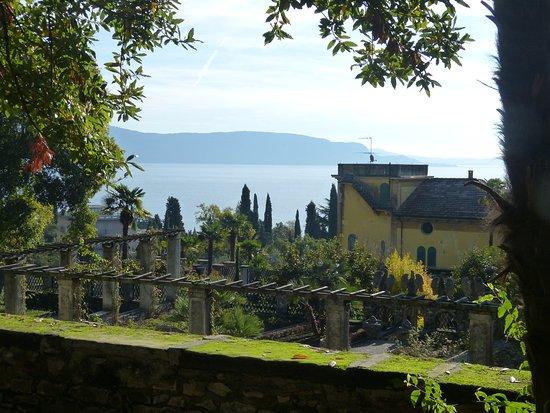 Jardin jardin priv du parc visiter picture of il vittoriale degli italiani gardone riviera for Jardin a visiter