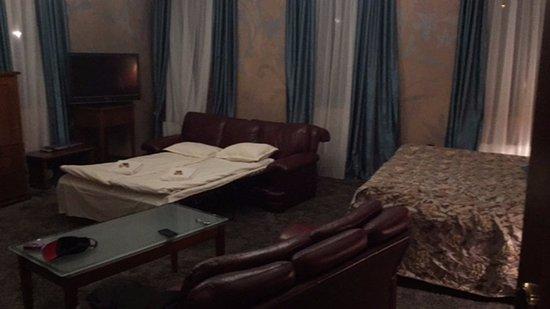 Tsarevets Hotel: Room
