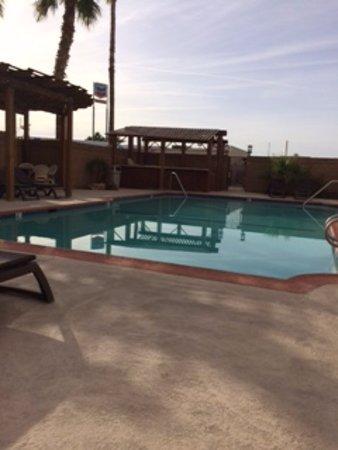 Needles, Kalifornien: Pool