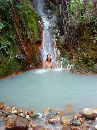 Delices, Dominica: Hot pools on the way to boiling lake
