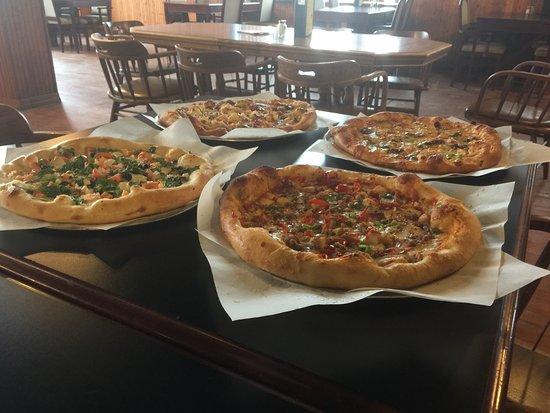Γουότερταουν, Νότια Ντακότα: All four of the FYEO pizzas