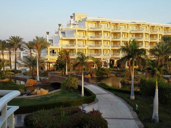 SENTIDO Palm Royale Soma Bay: IMG_20161030_061537_large.jpg