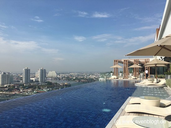 Rooftop Bar Picture Of Avani Riverside Bangkok Hotel