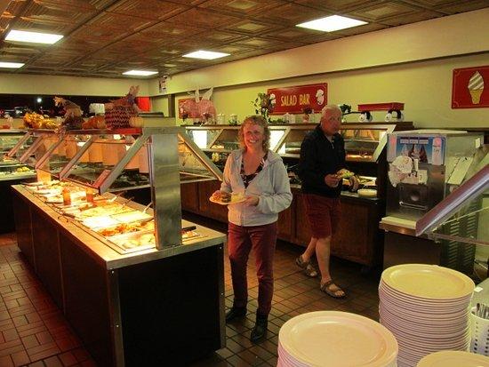 Galax, Вирджиния: Large buffet