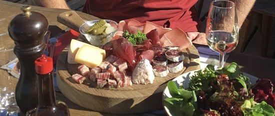 Veysonnaz, Switzerland: Assiette de Valais