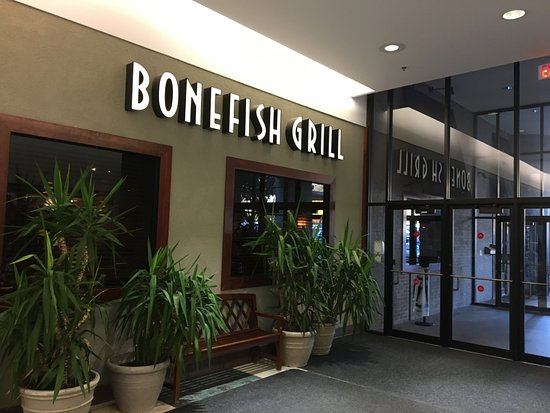 Victor, NY: Bonefish Grill - from mall hallway