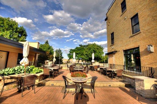 Cudahy, WI: Sheridan's patio