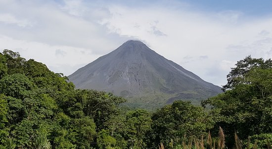 Tabacon Grand Spa Thermal Resort: Arenal Volcano