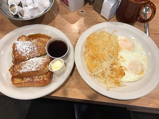 Pioneer Restaurant : photo1.jpg