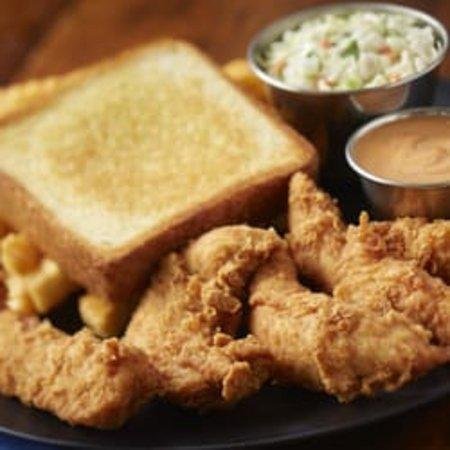 Springfield, TN: Chicken Dinner with Slaw