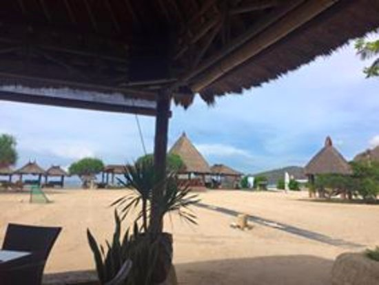 Novotel Lombok: The view from the restaurant