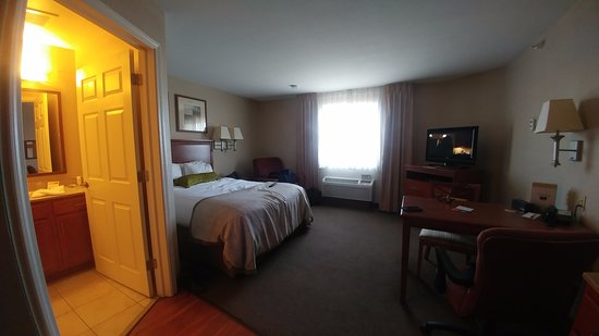 Candlewood Suites Indianapolis Northwest Photo