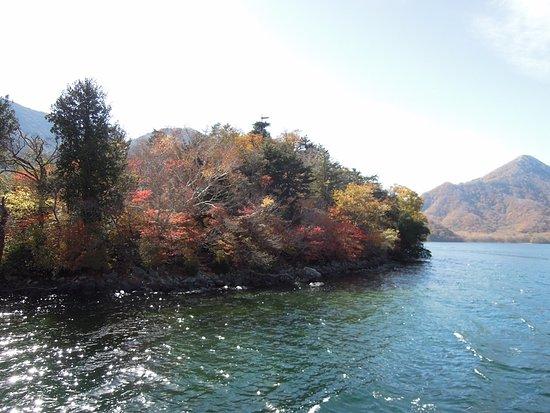 写真中禅寺湖 遊覧船枚