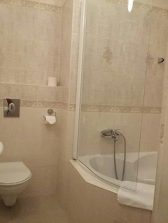 Hotel Donatello: IMG_20161102_143537_large.jpg