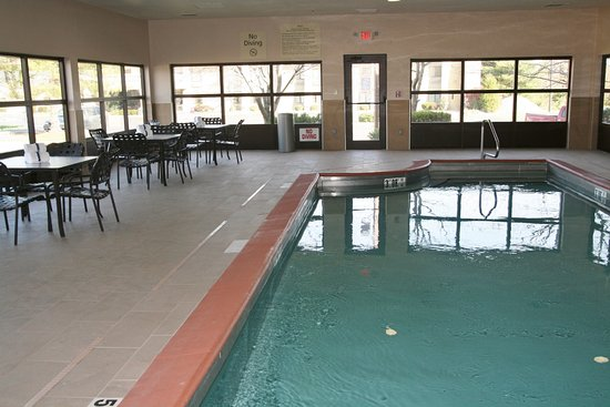 Hampton Inn Corydon: Indoor Heated Pool