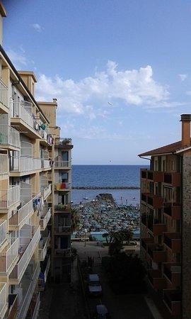 Hotel Europa - Riviera : Vista sul mare