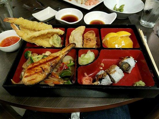 Dearborn Heights, MI: Oyaki Sushi