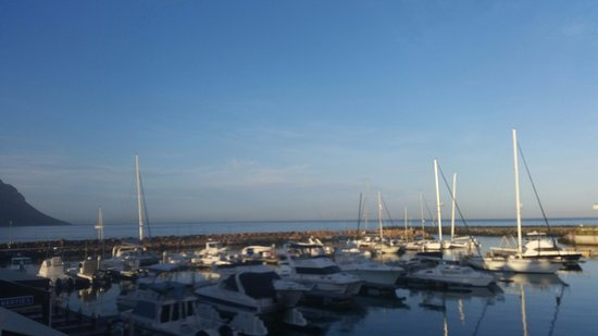 Gordon's Bay, Südafrika: view from balcony