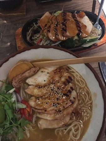 Zakura Noodle & Sushi: photo0.jpg