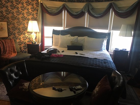 Cambridge, WI: Townsend Suite