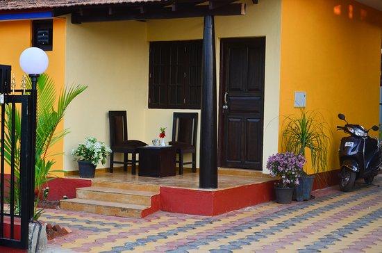 Anjuna, Indien: Classic superior room balcony