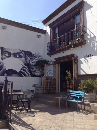 Lucien Cafe
