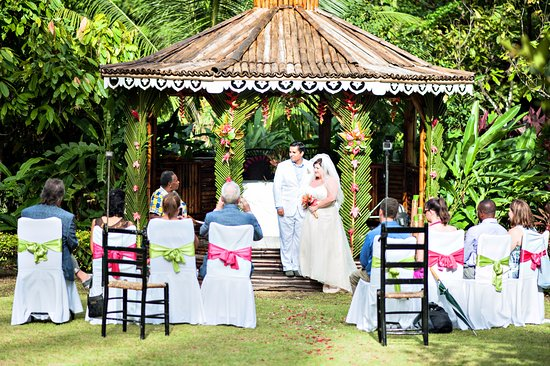 Fond Doux Plantation & Resort: The Gazebo of Love - our wedding