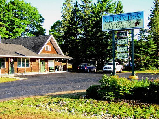 Sault Ste. Marie, Canada: Glenview Lodge, Entrance