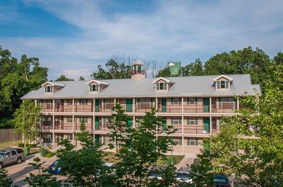 Holiday Inn Club Vacations Fox River Resort : Exterior building