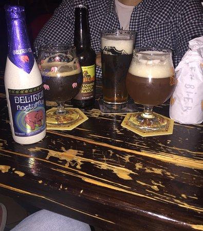 London Tavern Pub: photo0.jpg